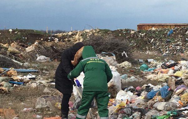Выезд сотрудников филиала ЦЛАТИ по Краснодарскому краю на плановую проверку для участия в отборе проб отходов, почвы и выбросов в атмосферный воздух на полигоне ТКО.